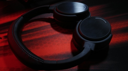 Photive BTH3 Headphones Rotated